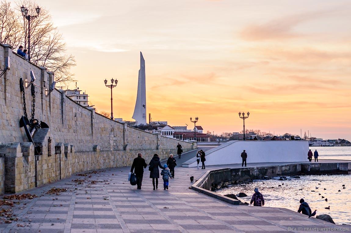 Прогулка по набережной Севастополя
