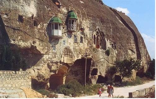 Инкерманский Свято-Климентовский пещерный монастырь до реставрации