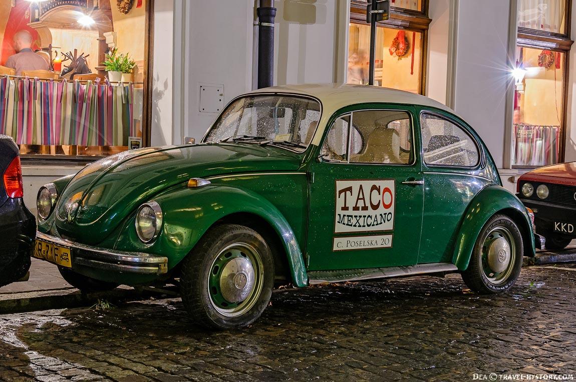 Ретро-автомобили в Кракове. Фольксваген-Жук