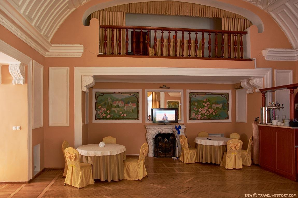 Дворцы Крыма. Вилла Харакс