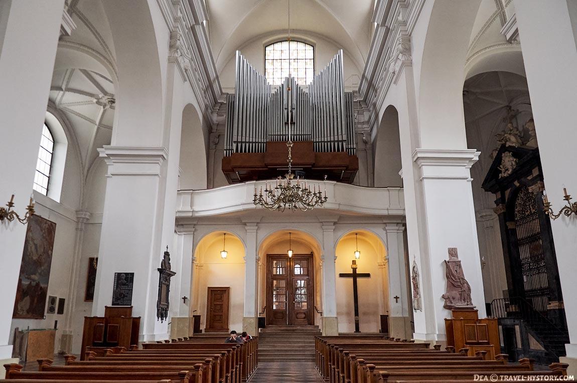 Варшава: Новый город, костел Святого Яцека